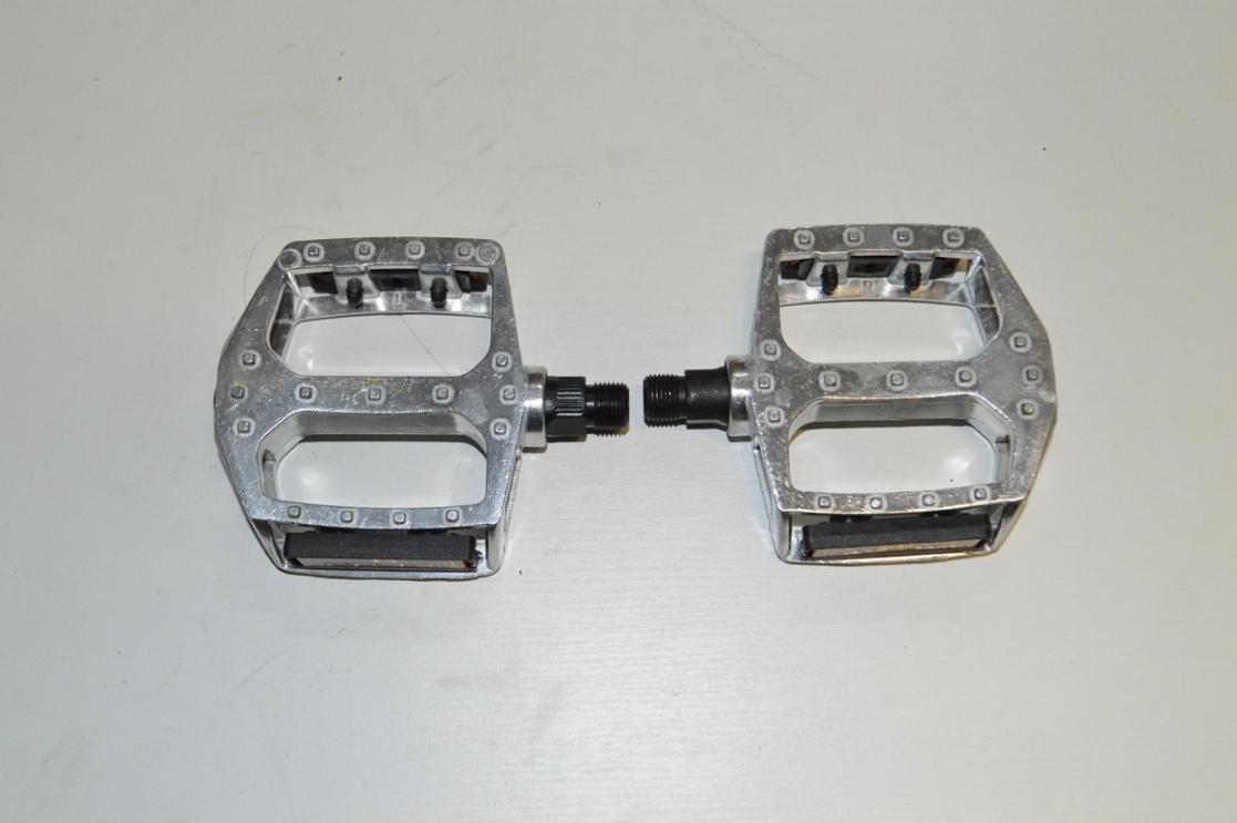 Педаль алюминевая JD-104, код 40107